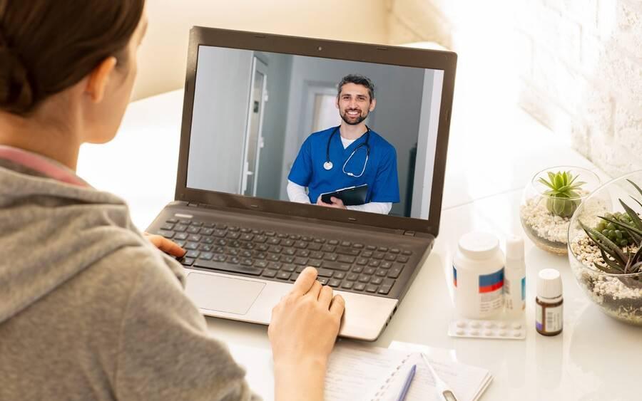 video_visit_with_doctor_1200x750-9d03901155e6f94c8471af72e0a99f76