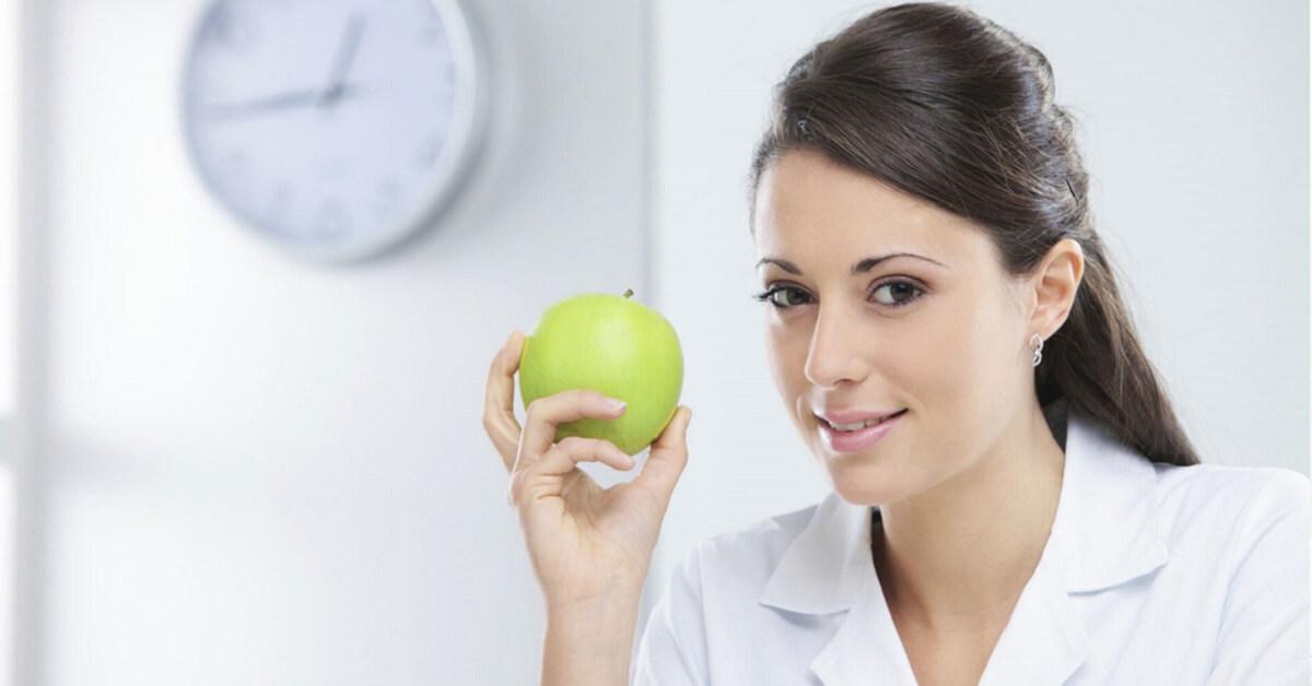 holistic nutritionist salary